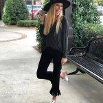 Black Cropped Super Fray Jeans