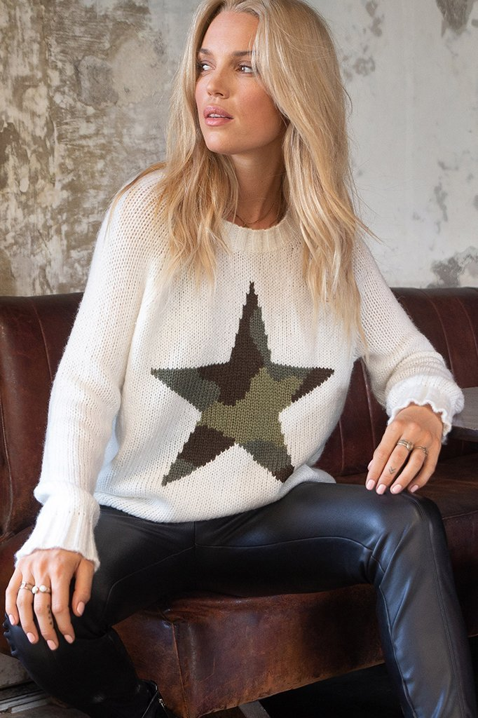 camo-star-raglan-crew__pure-snow-fatigue-green-1_35b55441-7b40-4e97-ada5-e770e9d8ec04_1080x