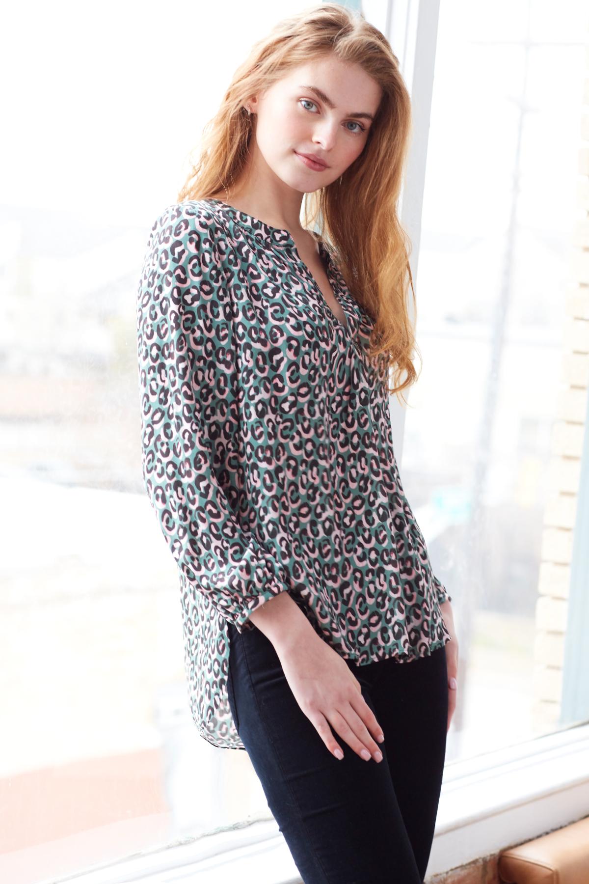 Finley Shirts Stephanie Top Little Leopard